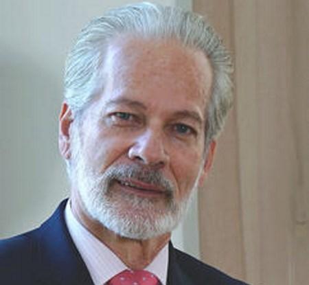 Prof. Arturo O`Byrne