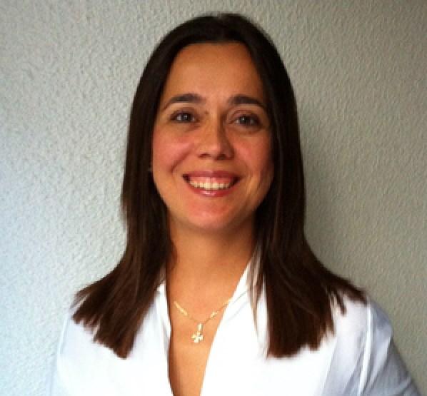 Dra. Ana Belén Fernández Cervilla